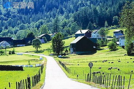 省自然保护区,距大冶市区约20公里,涵盖大冶市殷祖镇的董家口林区和