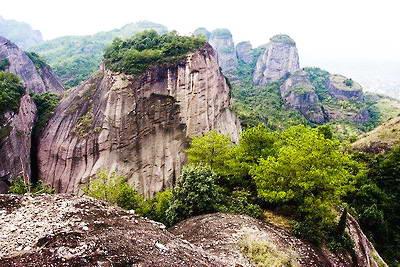 龙岩冠豸山怎么读_冠豸山风景区门票价格_云游网