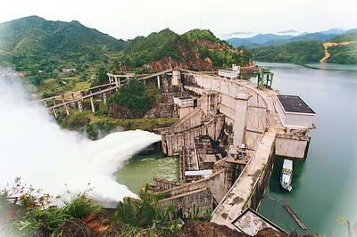 云和仙宫湖有什么好玩_云和仙宫湖风景区门票多少钱